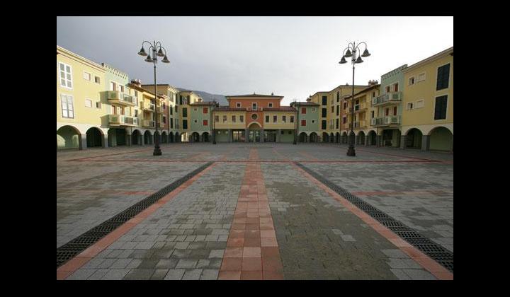 Nuova Piazza