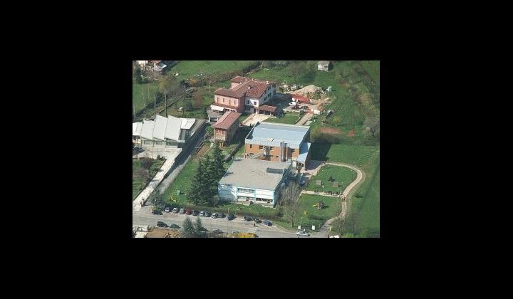 """Palestra di Monteclana presso la Scuola dell'Infanzia """"Gianni Rodari"""" in Via Moia, 11"""