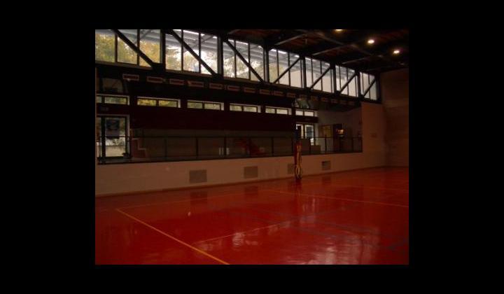 """Palestra Nave Centro presso la Scuola Primaria """"Don Milani"""" in Via Brescia, 20"""