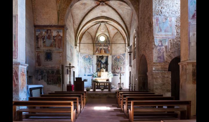 interno Pieve della Mitria